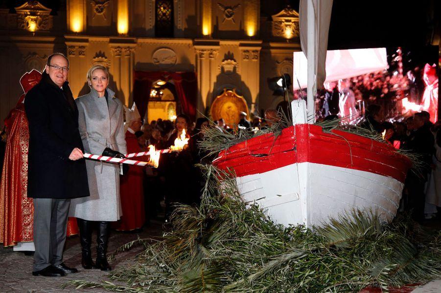 Charlène et Albert de Monaco lors des festivités de Sainte-Dévote à Monaco, le 26 janvier 2015