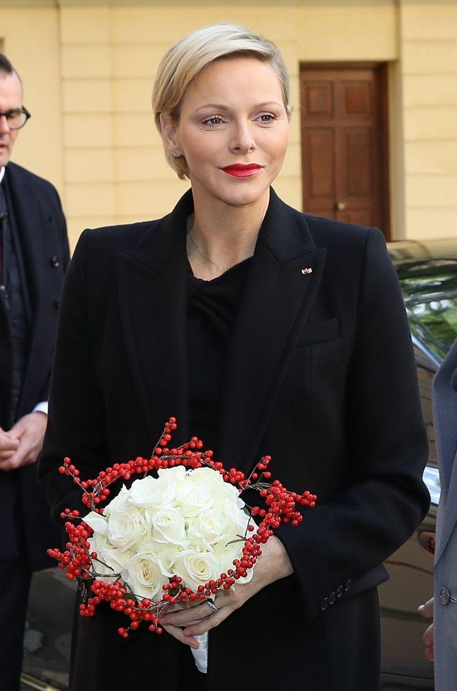 La princesse Charlène de Monaco, vêtue de noir, à Monaco, le 17 novembre 2018