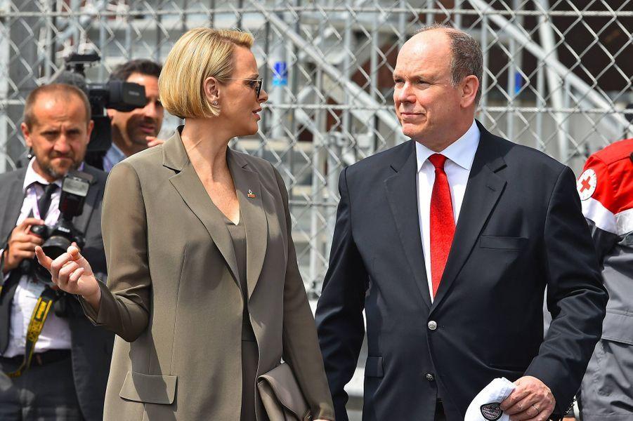 La princesse Charlène et le prince Albert II de Monaco, aux essais du Grand Prix de Monaco le 25 mai 2019