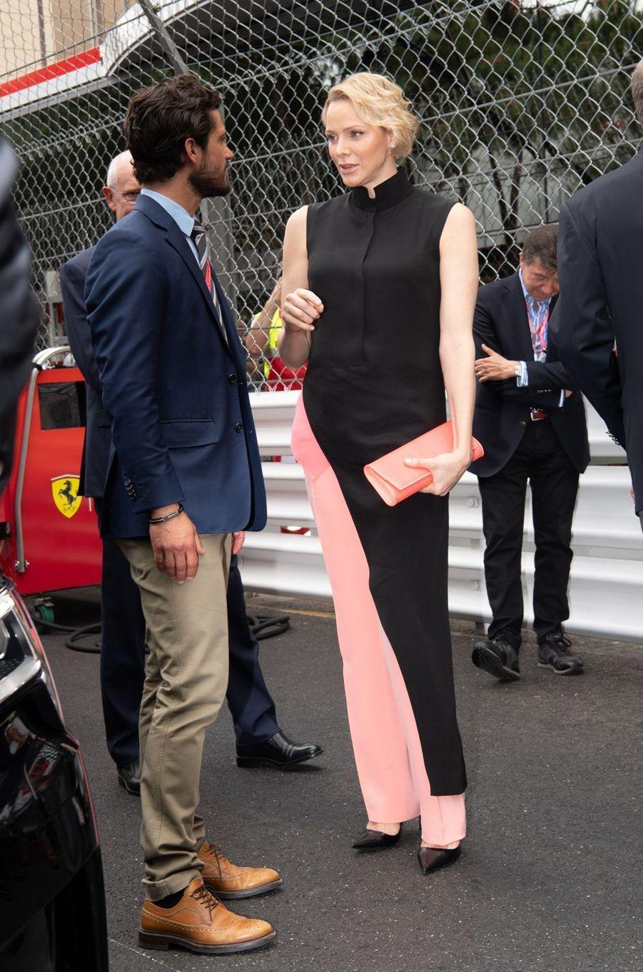 La princesse Charlène de Monaco avec le prince Carl Philip de Suède, à Monaco le 26 mai 2019