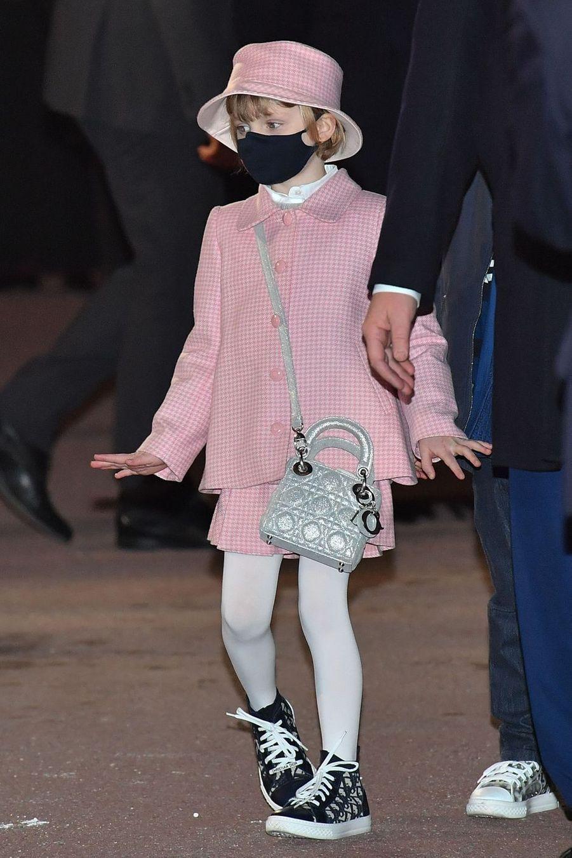 La princesse Gabriella de Monaco en rose à Monaco, le 26 janvier 2021