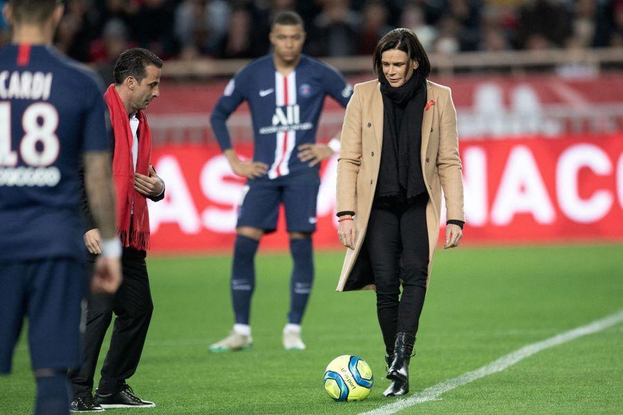 La princesse Stéphanie de Monaco avec l'ancien footballeur international Ludovic Giuly à Monaco, le 15 janvier 2020