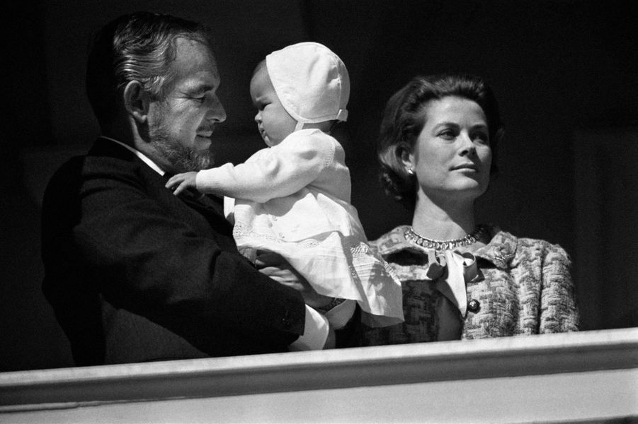 La princesse Stéphanie de Monaco avec ses parents, le 20 mars 1966