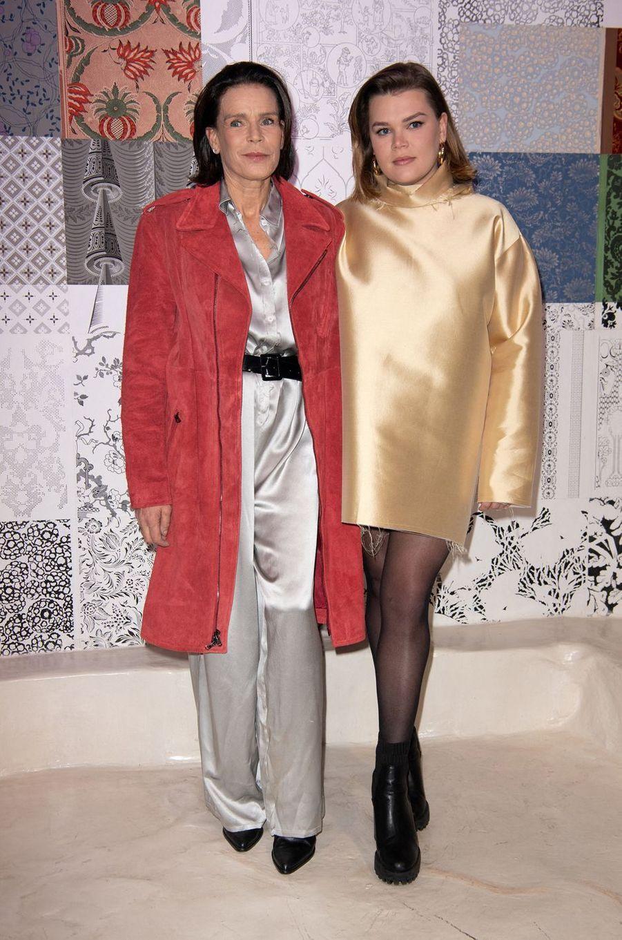 La princesse Stéphanie de Monaco et sa plus jeune fille Camille Gottlieb à Paris, le 26 février 2020
