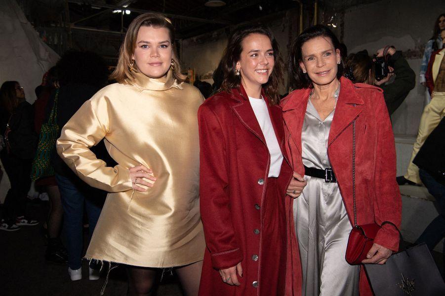 La princesse Stéphanie de Monaco avec ses filles Camille Gottlieb et Pauline Ducruet à Paris, le 26 février 2020