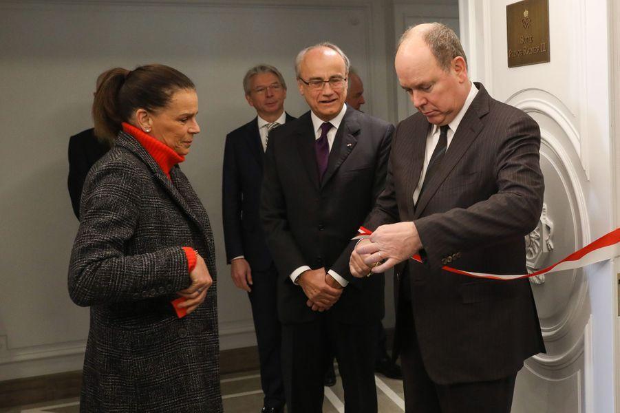 La princesse Stéphanie et le prince Albert II de Monaco inaugurent la suite Prince Rainier III à Monaco, le 29 janvier 2019