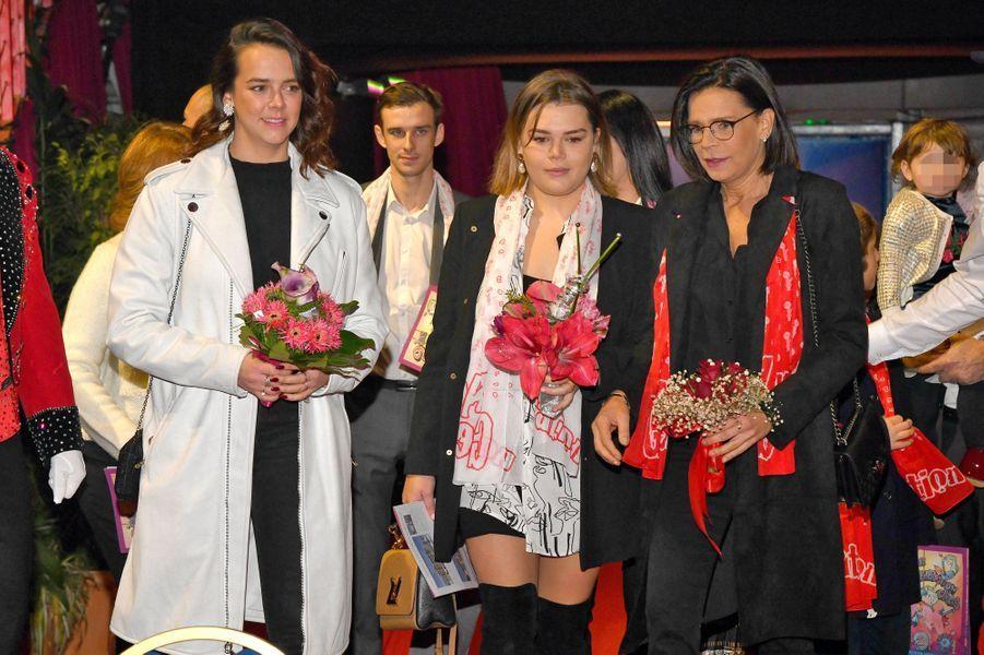 La princesse Stéphanie de Monaco et ses filles Pauline Ducruet et Camille Gottlieb à Monaco, le 1er février 2020