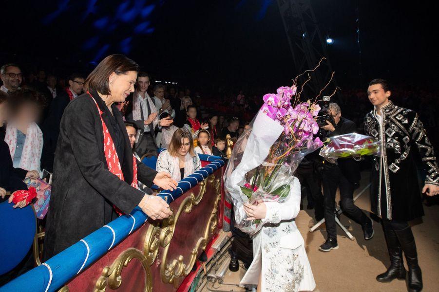 La princesse Stéphanie de Monaco couverte de fleurs à Monaco, le 1er février 2020, jour de ses 55 ans