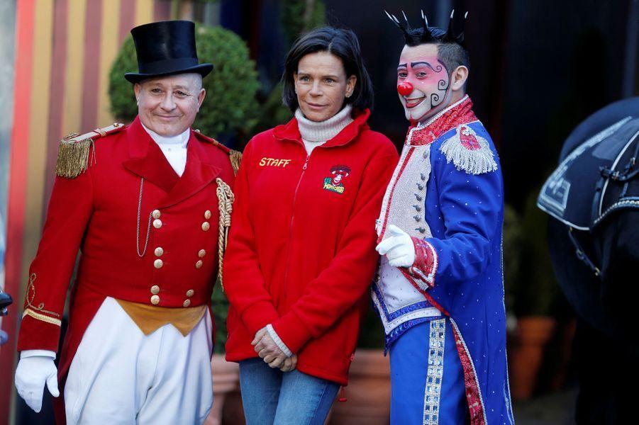 La princesse Stéphanie de Monaco avec Petit Gougou et le clown Henry Ayala à Monaco, le 14 janvier 2020