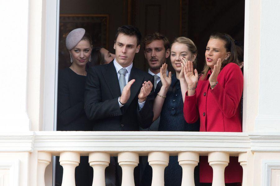 Beatrice et Charlotte Casiraghi, Louis Ducruet, Pierre Casiraghi, Alexandra de Hanovre et Stéphanie de Monaco à Monaco, le 19 novembre 2015