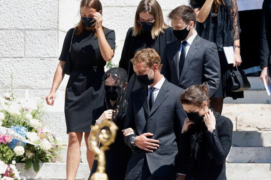 Beatrice Borromeo-Casiraghi, Pierre et Charlotte Casiraghi, Pauline Ducruet, Camille Gottlieb et Louis Ducruet à Monaco, le 17 juin 2020