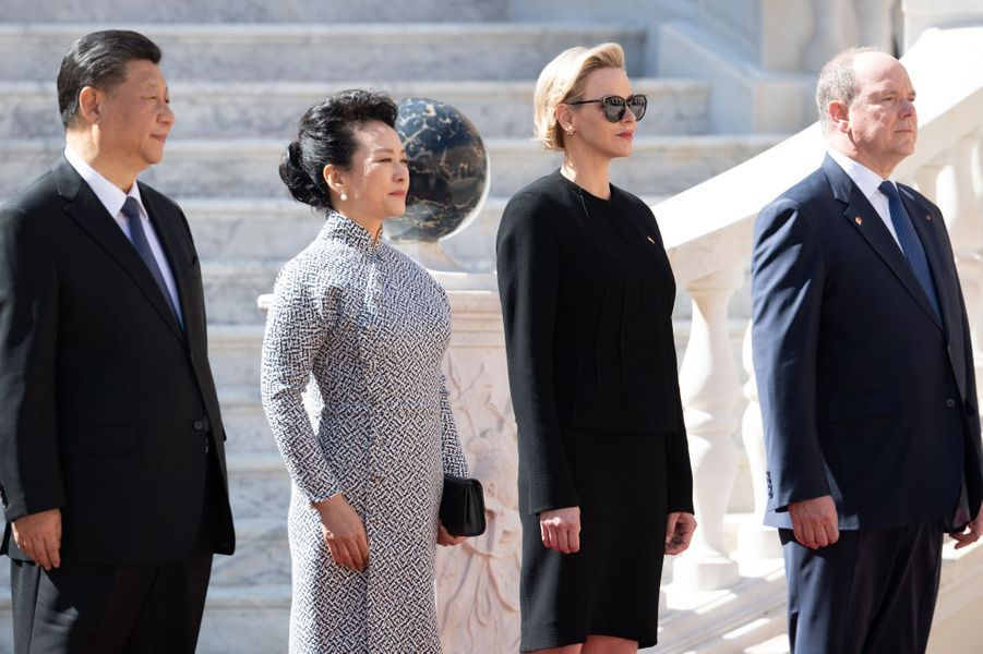 La princesse Charlène et le prince Albert II de Monaco avec le couple présidentiel chinois à Monaco, le 24 mars 2019