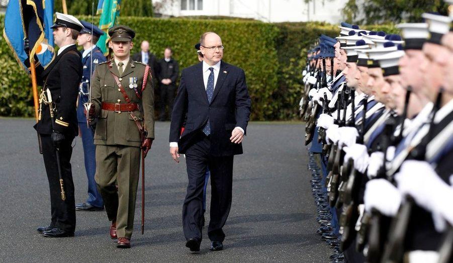 Dans la cour d'Aras an Uachtarain, la présidence irlandaise.