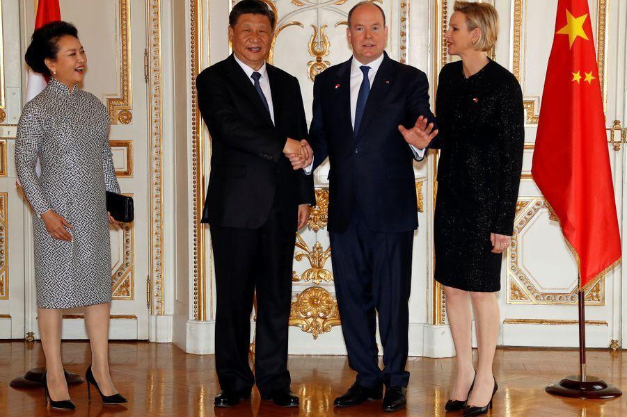 Peng Liyuan, Xi Jinping, Albert II de Monaco et Charlène de Monaco.
