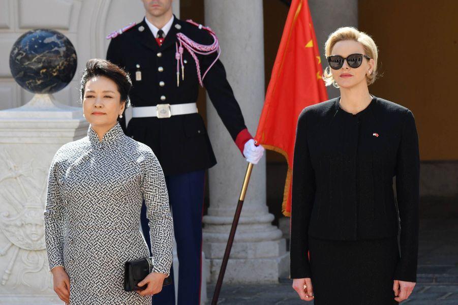 Peng Liyuan et Charlène de Monaco.
