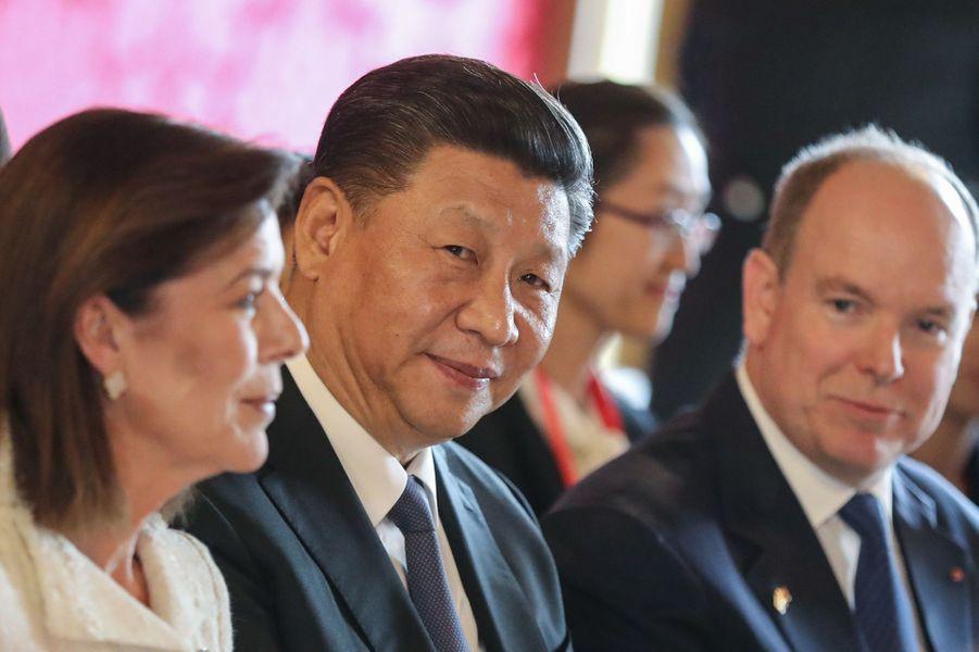 Caroline de Monaco, Xi Jinping et Albert II de Monaco.