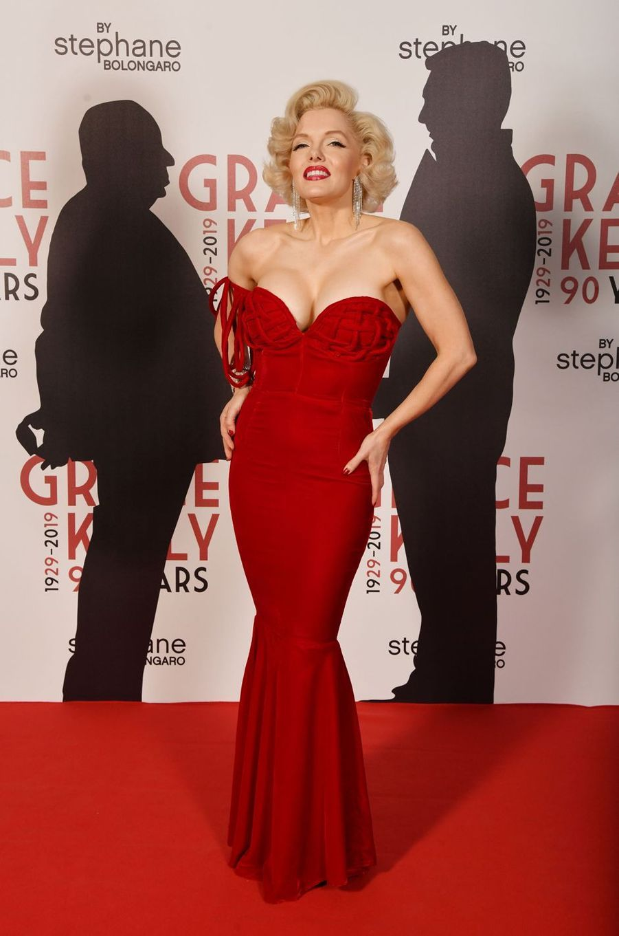 Un sosie de Marilyn Monroe à Monaco, le 18 avril 2019