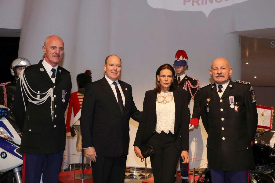 Le Prince Albert, Stéphanie De Monaco Et Louis Ducruet Au Bicentenaire Des Carabiniers 17