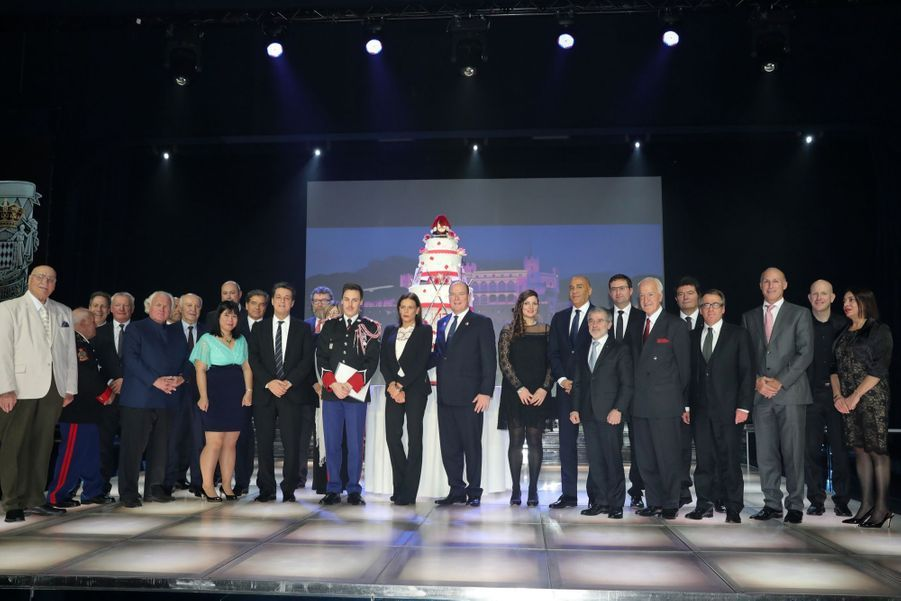 Le Prince Albert, Stéphanie De Monaco Et Louis Ducruet Au Bicentenaire Des Carabiniers 20
