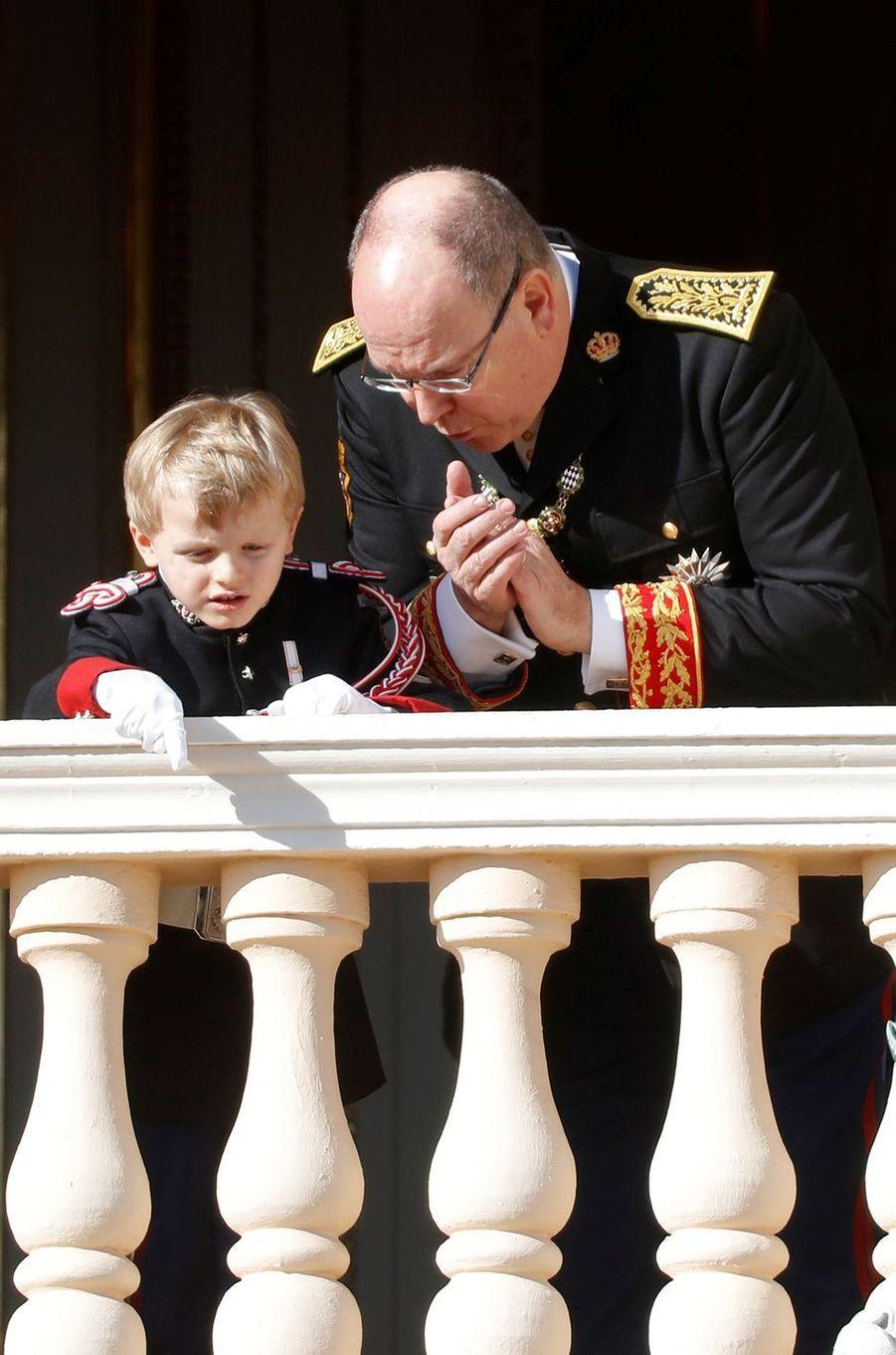 Les princes Jacques et Albert II de Monaco à Monaco, le 19 novembre 2019