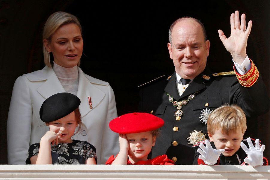 Le prince Jacques et la princesse Gabriella de Monaco avec la princesse Charlène et le prince Albert II et Kaia-Rose Wittstock à Monaco, le 19 novembre 2019
