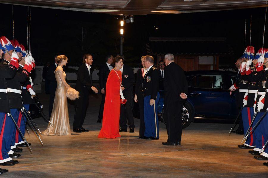 Beatrice Borromeo, Andrea Casiraghi, la princesse Caroline de Hanovre, la princesse Charlène et le prince Albert II de Monaco, à Monaco le 19 novembre 2018