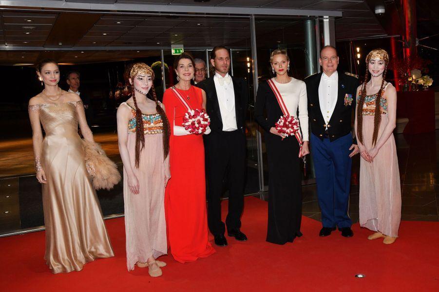 Beatrice Borromeo, la princesse Caroline de Hanovre, Andrea Casiraghi, la princesse Charlène et le prince Albert II de Monaco, à Monaco le 19 novembre 2018