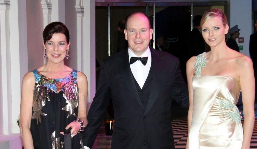 Le Prince Albert de Monaco, sa soeur Caroline de Monaco et la belle Charlene Wittstock