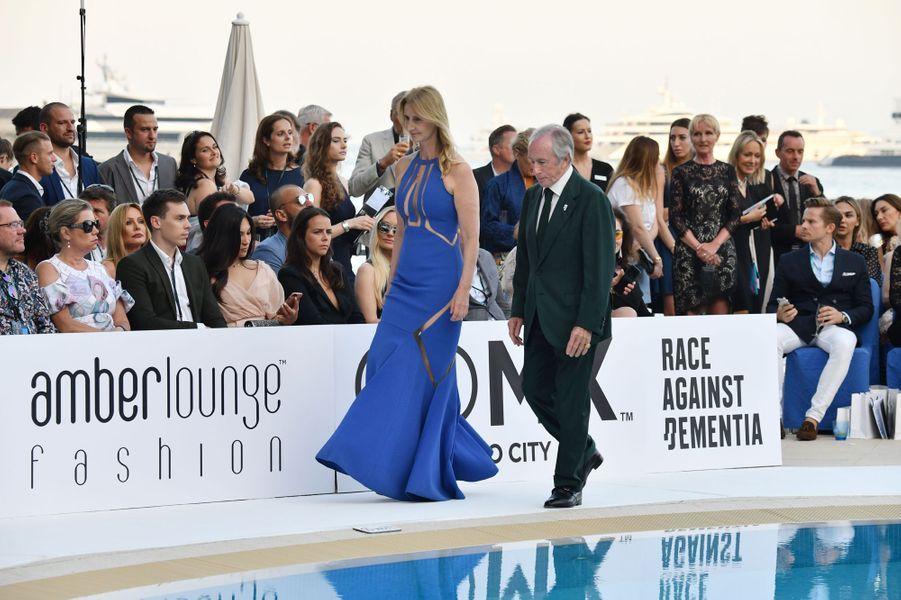 Louis Ducruet, Marie Chevallier et Pauline Ducruet à Monaco, le 25 mai 2018. Au premier plan, l'ancien pilote Jackie Stewart.