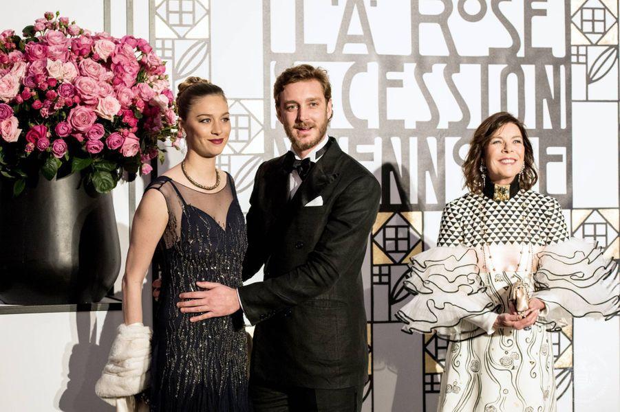Beatrice Borromeo, Pierre Casiraghi et Caroline de Monaco au Bal de la Rose, le 18 mars 2017.