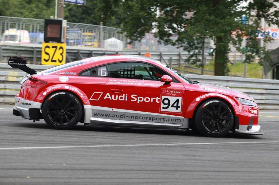 Pierre Casiraghi court l'Audi Sport TT Cup à Norisring en Allemagne, le 26 juin 2015