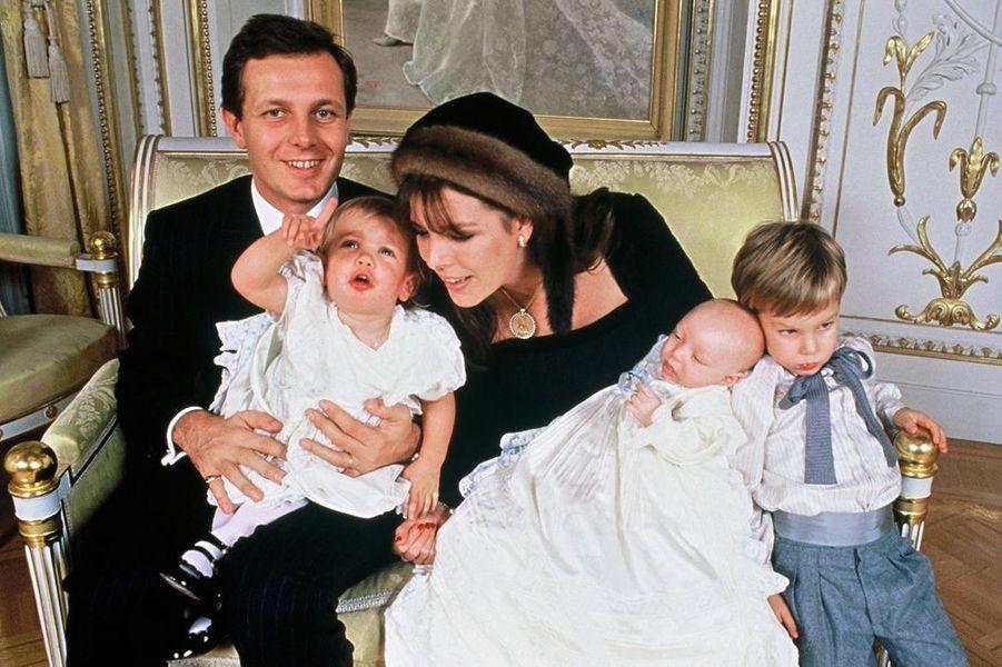 Premier portrait de famille, Pierre n'a que deux mois, novembre 1987.