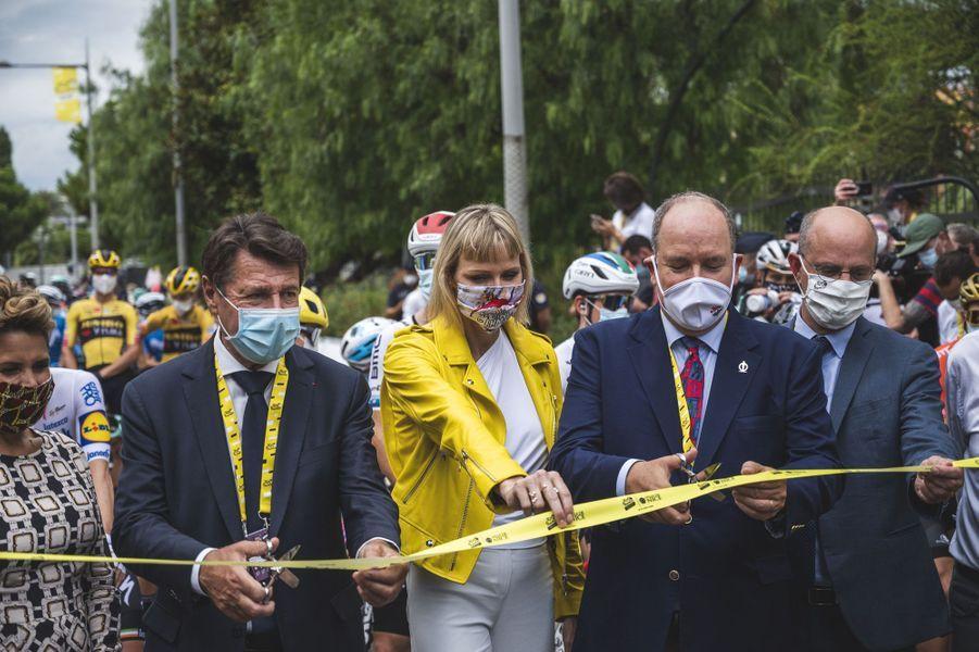 La princesse Charlène et le prince Albert II de Monaco donnent le départ fictif du Tour de France à Nice, le 29 août 2020