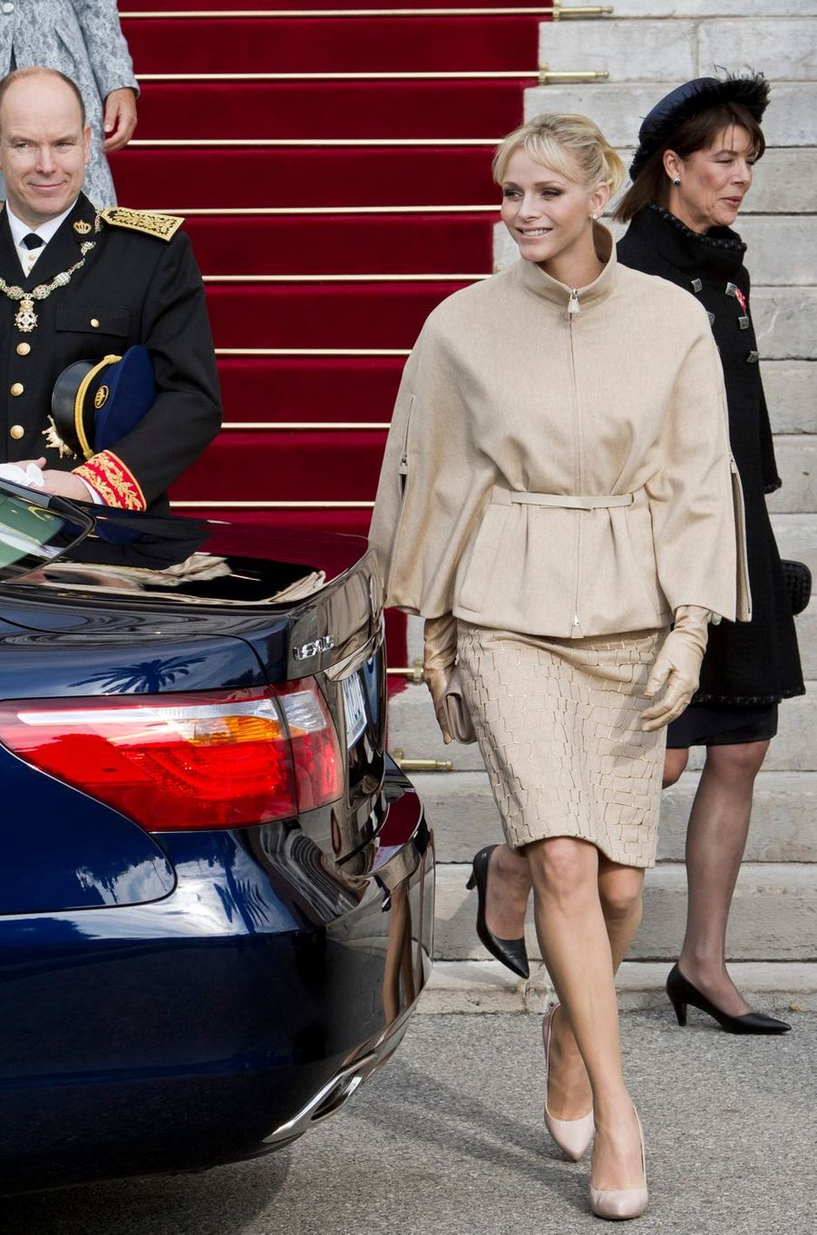 La princesse Charlène de Monaco en Akris, le 19 novembre 2011