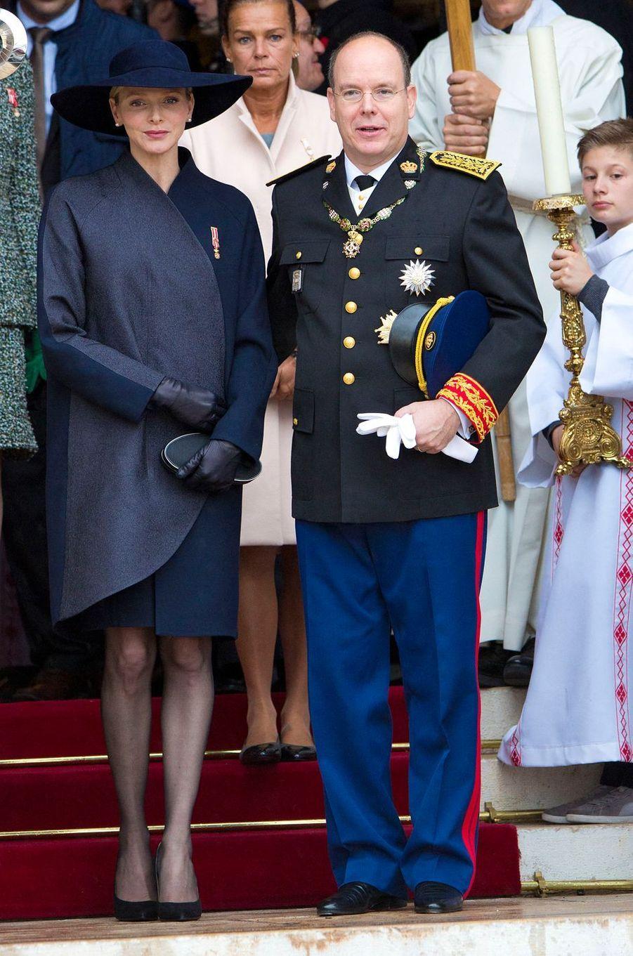 La princesse Charlène de Monaco en Akris, le 19 novembre 2013