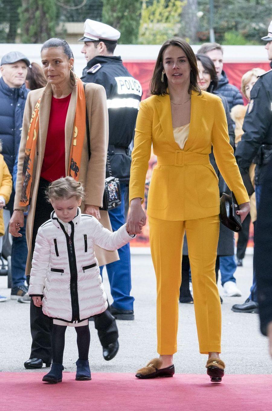 La princesse Gabriella avec la princesse Stéphanie de Monaco et sa fille Pauline Ducruet à Monaco, le 20 janvier 2019