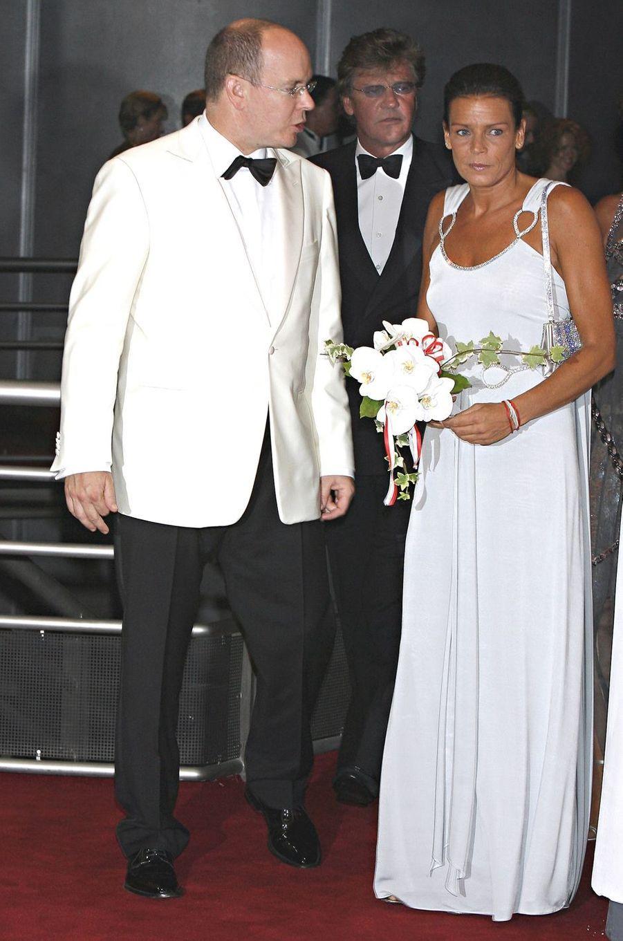 La princesse Stéphanie de Monaco au bal de la Croix-Rouge en juillet 2007