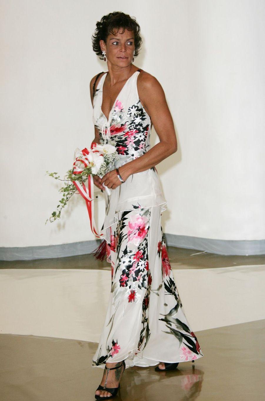 La princesse Stéphanie de Monaco au bal de la Croix-Rouge en août 2005