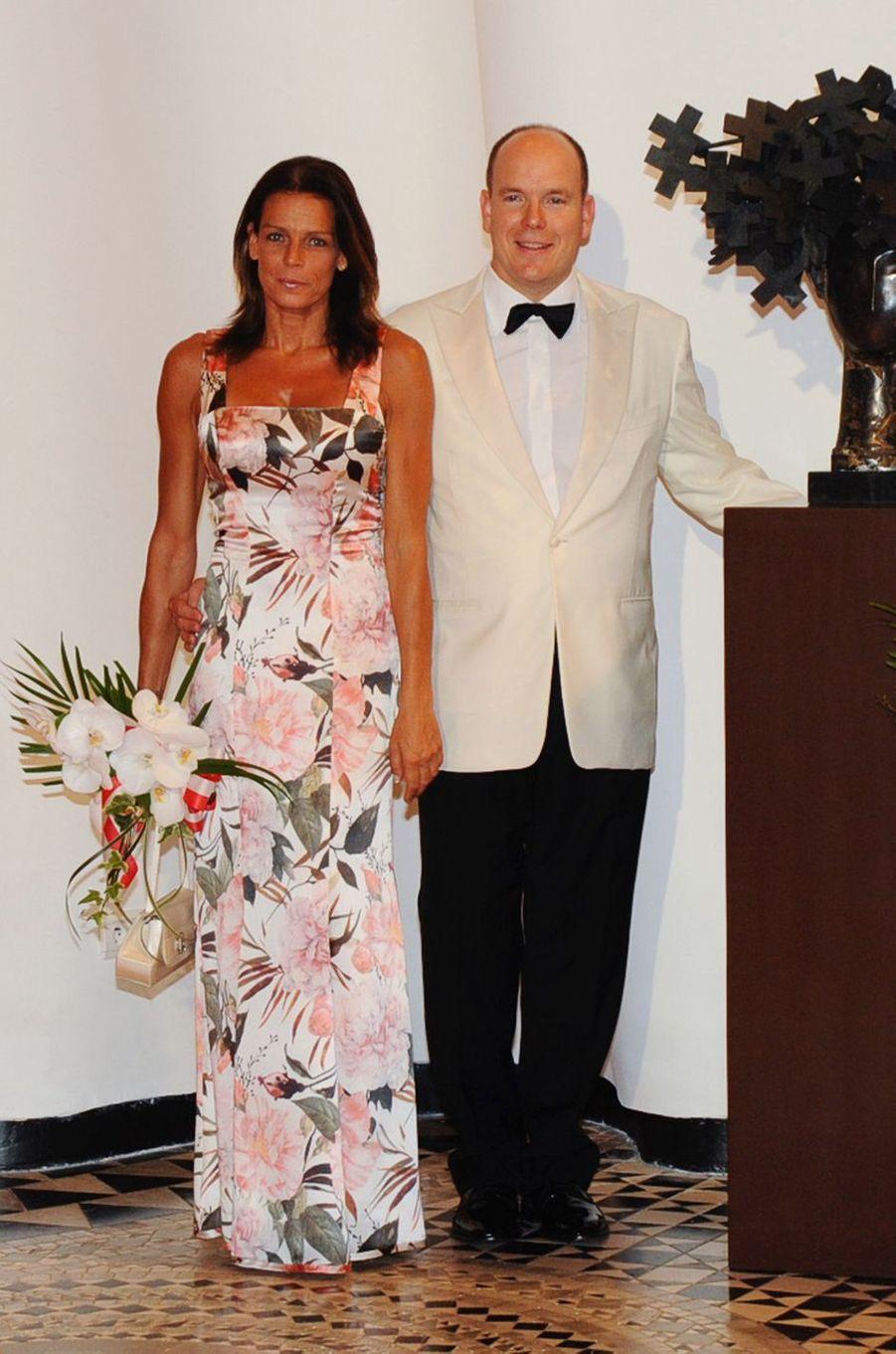 La princesse Stéphanie de Monaco au bal de la Croix-Rouge en juillet 2009
