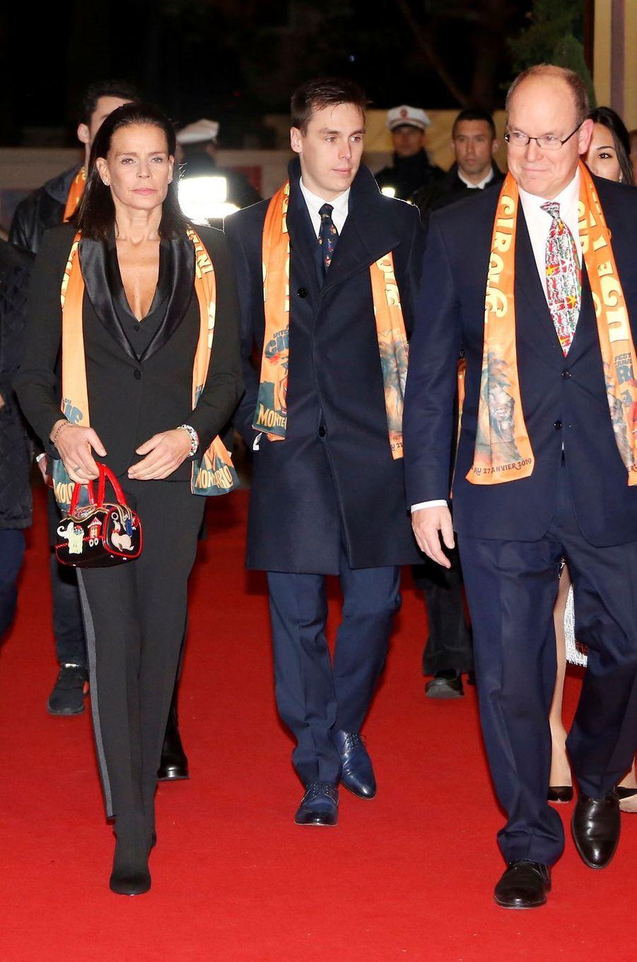 Le look de la princesse Stéphanie de Monaco au Festival international du cirque de Monte-Carlo, le 17 janvier 2019