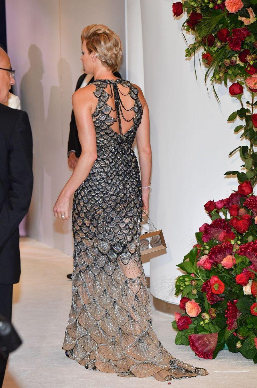 La princesse Charlène de Monaco, de dos, le 27 juillet 2018