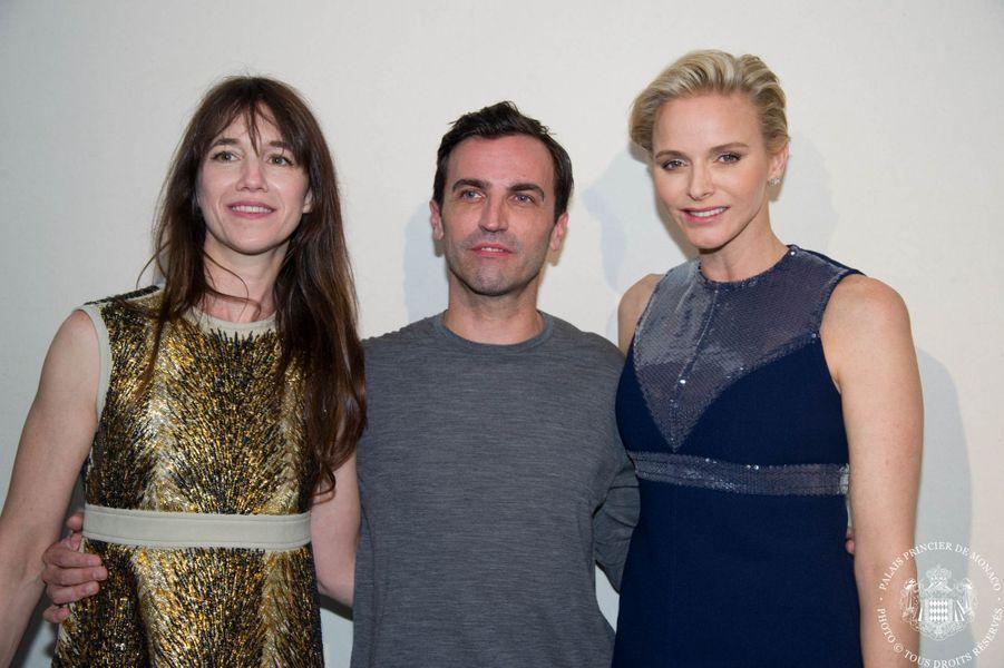 Charlène fond pour Louis Vuitton