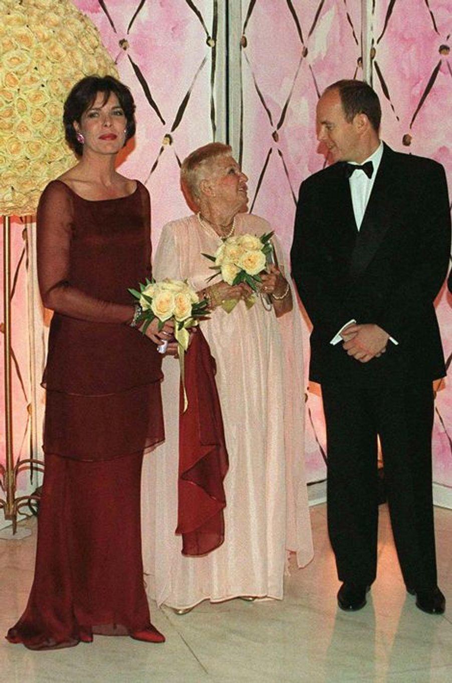 La princesse Caroline de Monaco au bal de la Rose 1998, avec le prince Albert