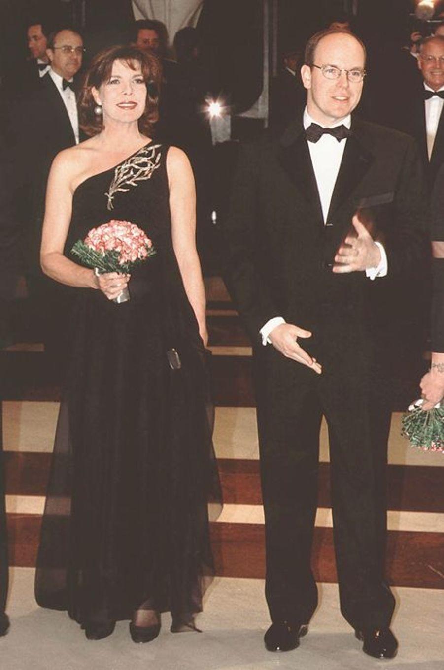 La princesse Caroline de Monaco au bal de la Rose 1999, avec le prince Albert II