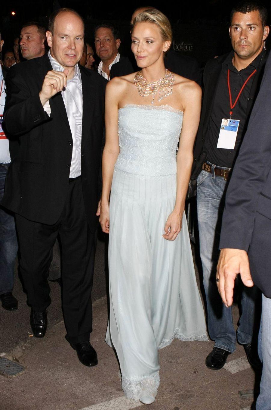 La princesse Charlène avec le prince Albert II de Monaco, à Monaco le 1er juillet 2011