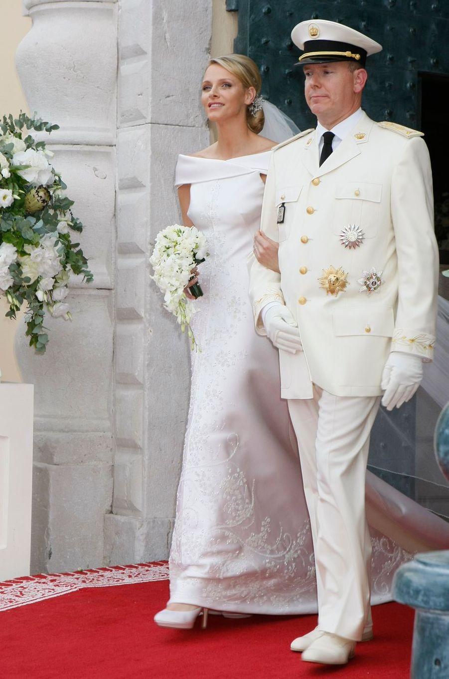 La princesse Charlène avec le prince Albert II de Monaco, à Monaco le 2 juillet 2011