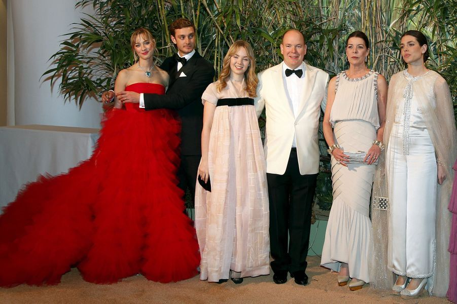 Le prince Albert II de Monaco et la princesse Caroline de Hanovre avec sa famille à Monaco, le 19 mars 2016