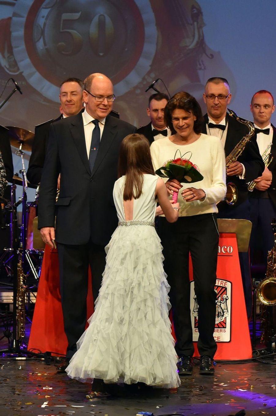 Stéphanie, Caroline et Albert de Monaco, réunis en musique