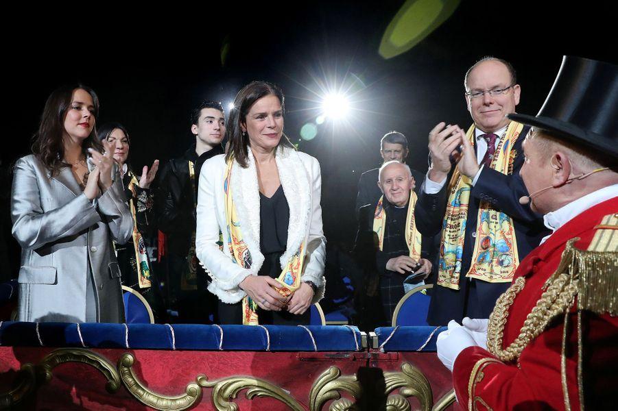 La princesse Stéphanie de Monaco avec Pauline Ducruet et le prince Albert II à Monaco, le 18 janvier 2018