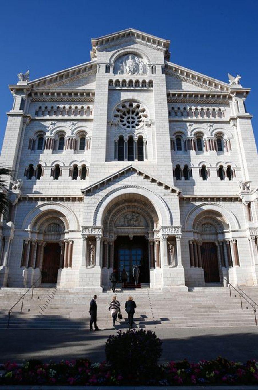 La messe en mémoire du prince Rainier III était célébrée dans la cathédrale de Monaco le 7 avril 2015